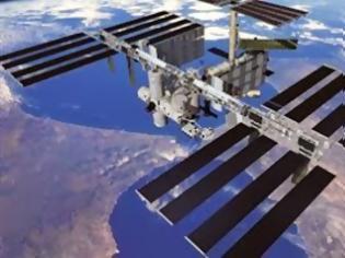 Φωτογραφία για Επιτυχής έξοδος αμερικανών αστροναυτών στο διάστημα