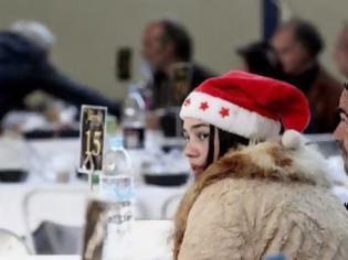 Φωτογραφία για Γεύματα αγάπης τα Χριστούγεννα και την Πρωτοχρονιά στο Ρουφ