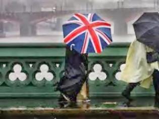 Φωτογραφία για Βρετανία: Χριστούγεννα χωρίς ηλεκτρικό ρεύμα για χιλιάδες πολίτες