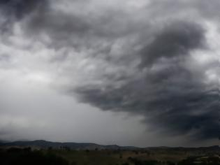 Φωτογραφία για Έκτακτο δελτίο καιρού - Επιδείνωση από την Παρασκευή - Ο καιρός παραμονή και ανήμερα Πρωτοχρονιάς