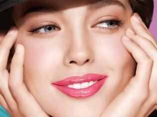Φωτογραφία για 5 make-up tips για να δείχνεις καλύτερη στις φωτογραφίες