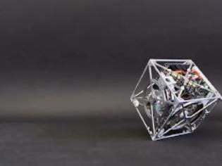 Φωτογραφία για Cubli, Ένας κύβος που κινείται… μόνος και στέκεται στις γωνίες [video]