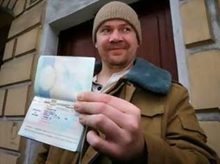 Φωτογραφία για Φεύγουν από τη Ρωσία οι ακτιβιστές της Greenpeace