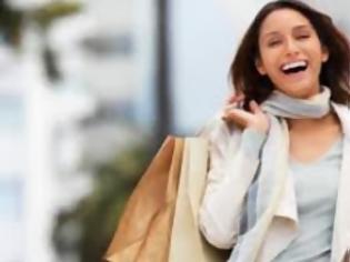 Φωτογραφία για Υγεία: Τι προτιμούν οι γυναίκες: σeξ ή ψώνια;