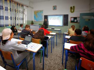 Φωτογραφία για Μετά τη θέρμανση κόβουν και τα... τηλέφωνα από τα σχολεία!