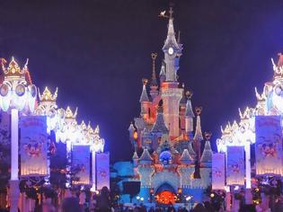 Φωτογραφία για Η Disneyland ψάχνει υπαλλήλους στην Ελλάδα με 1.500 ευρώ μηνιάτικο!