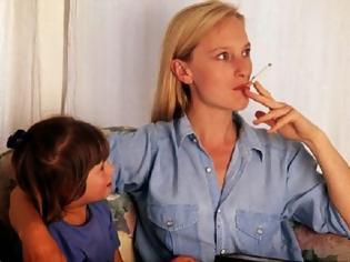Φωτογραφία για Eρευνα σοκ: Γεμάτα με καρκινογόνες ουσίες τα παιδιά των καπνιστών