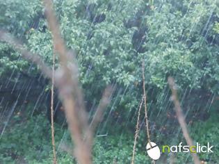 Φωτογραφία για Συμβαίνει τώρα: Η Ναύπακτος πλήττεται από ισχυρή χαλαζόπτωση