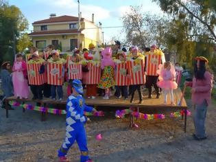 Φωτογραφία για Το Καρναβάλι στη Παραλία Ραχών [video]