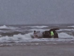 Φωτογραφία για Video ΣΟΚ! Έγκυος μητέρα προσπάθησε να πνίξει τα παιδιά της!