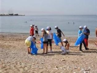 Φωτογραφία για Καθαρισμός της παραλίας Παλαιού Φαλήρου