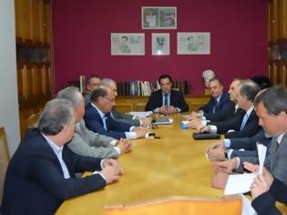 Φωτογραφία για Δηλώσεις μετά τη συνάντηση του Υπουργού Υγείας, κ. Άδωνι Γεωργιάδη, με εκπροσώπους του Πανελληνίου Ιατρικού Συλλόγου, των ιδιωτικών εργαστηρίων και των διαγνωστικών κέντρων.
