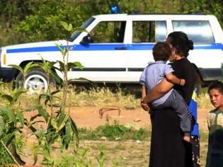 Φωτογραφία για Αχαΐα: Έφοδος της Αστυνομίας το πρωί στον καταυλισμό των Ρομά στα Σαγέικα