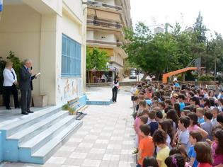 Φωτογραφία για Πάτρα: Eκδηλώσεις για τους Αγωνιστές της Δημοκρατίας σε δημοτικά σχολεία - Δείτε φωτο