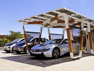 Φωτογραφία για i3 & i8: Η προϊοντική γκάμα του BMW Group προσφέρει τα παγκοσμίως πρώτα premium αυτοκίνητα σχεδιασμένα ειδικά για μετακινήσεις μηδενικών ρύπων