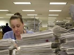Φωτογραφία για Τι προβλέπει νέος νόμος για υπερωρίες, επίδομα ασθένειας και αποσπάσεις, για τους δημοτικούς υπαλλήλους