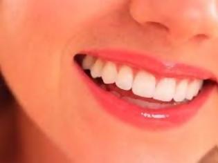 Φωτογραφία για Δείτε ποιο είναι το ρόφημα που εξαφανίζει την οδοντική πλάκα!