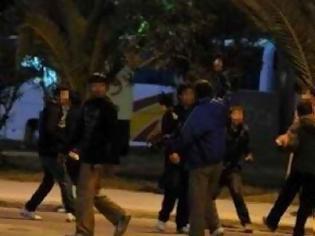Φωτογραφία για Πρέβεζα: Τσιγγάνοι και ντόπιοι σε αιματηρό καυγά με σίδερα,ξύλα και πυροβολισμούς - 4 τραυματίες!