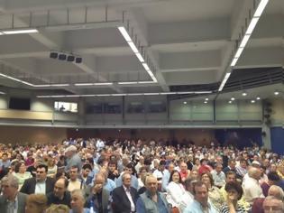 Φωτογραφία για Κατάμεστο το ΣΕΦ στην ομιλία του Κ. Κατσαφάδου