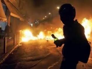 Φωτογραφία για Ποινικοποίηση με ισόβια της μολότοφ στη Τουρκία