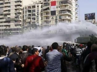Φωτογραφία για Επέμβαση του στρατού στο Κάιρο