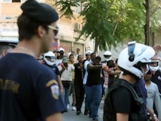 Φωτογραφία για Αναγνώστης δηλώνει πως η αστυνομία ήδη ξεφούσκωσε στο μάζεμα παράνομων αλλοδαπών