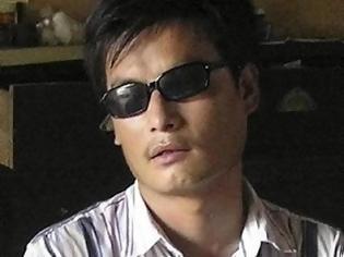 Φωτογραφία για Στις ΗΠΑ θέλει να πάει ο κινέζος ακτιβιστής Τσεν Γκουανγκτσενγκ