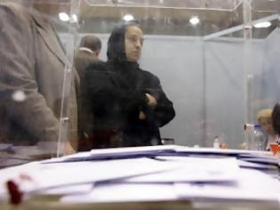 Φωτογραφία για Αντιδρούν γιατί θα φορολογηθούν για την εκλογική τους αποζημίωση