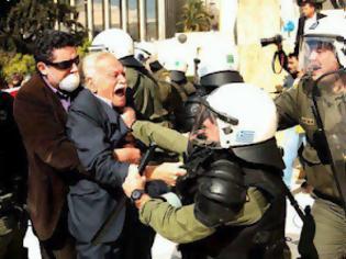 Φωτογραφία για Μετά τον Καμμένο ο Καζάκης επιτέθηκε και στον Γλέζο.Τι σου κάνει ο άνθρωπος για λίγους ψήφους παραπάνω...