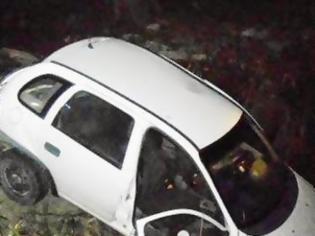 Φωτογραφία για Αυτοκίνητο συγκρούστηκε με ασθενοφόρο στην Αμαλιάδα [photos]