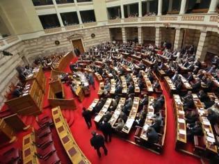 Φωτογραφία για Χαστούκια στην Βουλή; Θα με κάνεις Κασιδιάρη! Ποιος πολιτικός απείλησε την Λιάνα Κανέλλη;