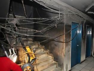Φωτογραφία για Στα καμμένα γραφεία της Αthens Voice ο Υπουργός Πολιτισμού