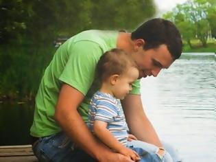 Φωτογραφία για Οι μπαμπάδες απαραίτητοι για την υγιή ανάπτυξη του παιδιού όσο και οι μητέρες!