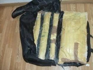 Φωτογραφία για Συνελήφθη Πακιστανός με πάνω από δέκα κιλά ηρωίνης στο «Ελ. Βενιζέλος»
