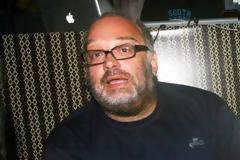 Ποια Ελληνίδα Τραγουδίστρια αποθεώνει ο Γιώργος Μουκίδης από την Σουηδία; [video]