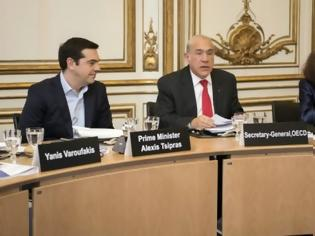 Φωτογραφία για Τσίπρας – Γκουρία υπέγραψαν τη συμφωνία για τη νέα εργαλειοθήκη του ΟΟΣΑ