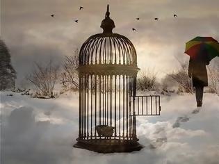 Φωτογραφία για Η πόρτα του κλουβιού είναι μισάνοιχτη, σπρώξτε την!