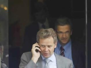 Φωτογραφία για ΔΝΤ: Δεν φεύγει ο Τόμσεν