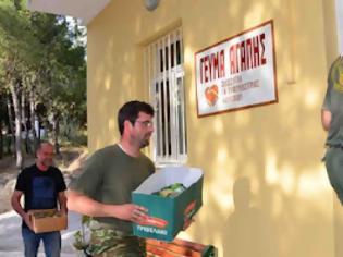Φωτογραφία για Τρόφιμα και ρούχα από τους κυνηγούς Ναύπλιου στο συσσίτιο του ιερού ναού Ευαγγελιστρίας