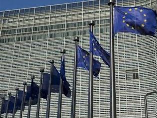 Φωτογραφία για Οι εξελίξεις αναγκάζουν σε στροφή και προς την ανάπτυξη  Συναγερμός στις Βρυξέλλες για την Ελλάδα