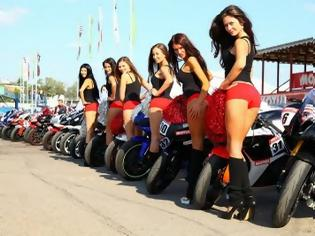 Φωτογραφία για Superbike racing dream & HOT BABES!