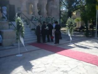 Φωτογραφία για Το τελευταίο αντίο από τους Χανιώτες στη Μαρίκα Μητσοτάκη