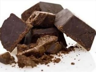 Φωτογραφία για Σοκολάτα και νερό διώχνουν τον πόνο