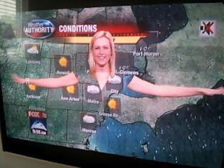 Φωτογραφία για Τι συμβαίνει όταν μετεωρολόγος στην τηλεόραση φοράει πράσινα; (photos)