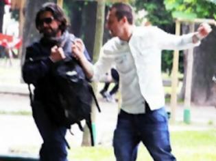 Φωτογραφία για Επίθεση Κασάνο σε παπαράτσι!
