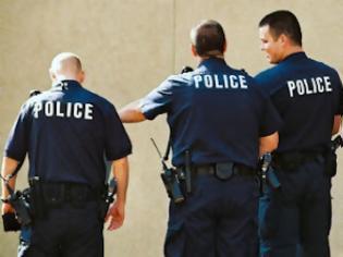 Φωτογραφία για Η αστυνομία στην... υπηρεσία της Χρυσής Αυγής