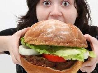 """Φωτογραφία για """"Μήπως τρώω από συναισθηματική ανάγκη;"""""""