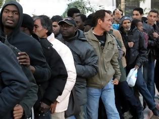 Φωτογραφία για VIDEO: Αδειάζει η Ομόνοια και γεμίζει η Θήβα λαθρομετανάστες!