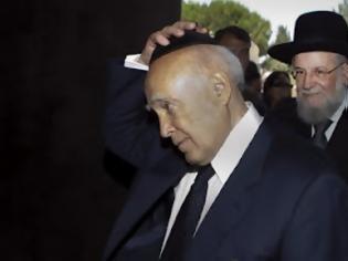 Φωτογραφία για Η αμερικανοεβραϊκή οργάνωση ADL ζητεί από τον Κ.Παπούλια να διαγράψει πολιτικά την Χρυσή Αυγή