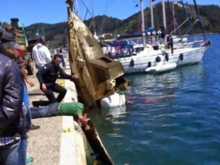 Φωτογραφία για ΣΚΙΑΘΟΣ: Καθάρισαν τον βυθό του παλιού λιμανιού και μας περιμένουν [photos]